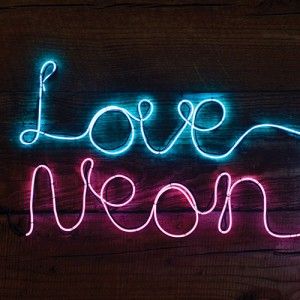Make Your Own Neon Effect Light